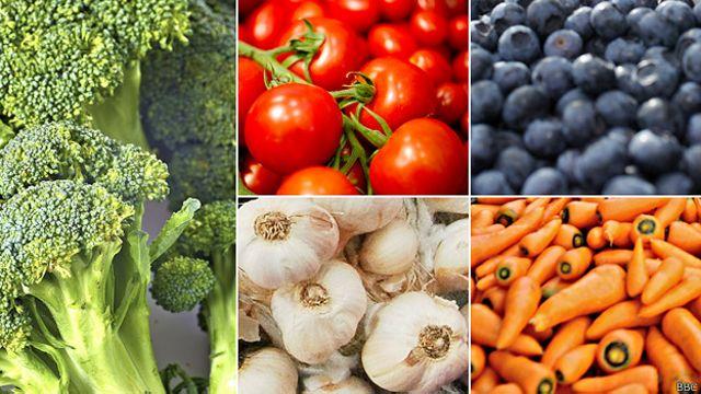 ¿Qué alimentos son mejores crudos y cuáles cocidos?