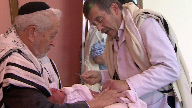 ختان رضيع في القدس
