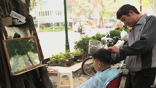 Peluquero en Hanoi, Vietnam