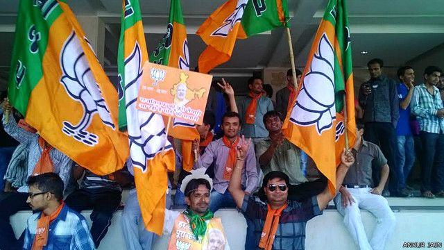 अहमदाबाद में भाजपा कार्यकर्ताओं का जश्न