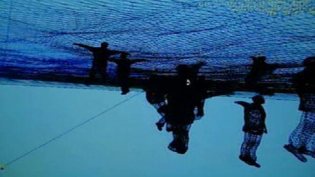 صحنه ای از فیلم هیتو اشتایرل