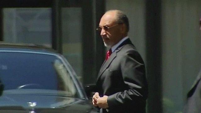 نائب رئيس الفيفا السابق القطري محمد بن همام