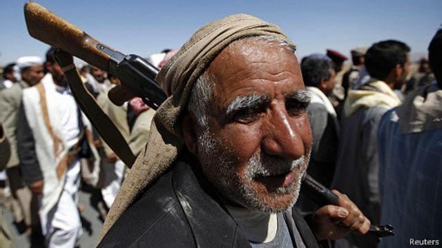 مقتل العشرات في تصاعد حدة القتال بين الجيش اليمني والمسلحين الحوثيين