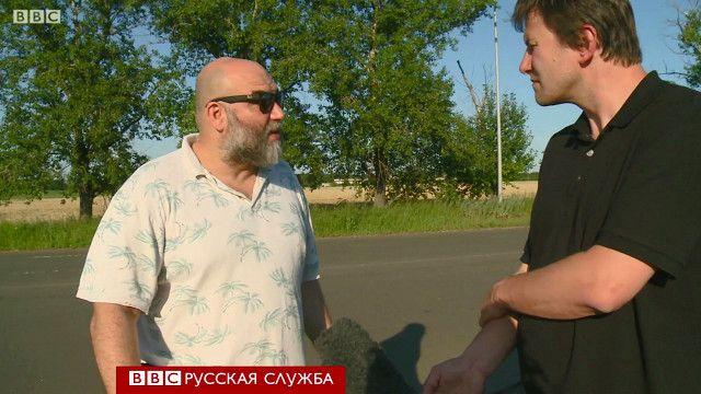 Олег Болдырев (на фото справа) беседует с Орханом Джемалем