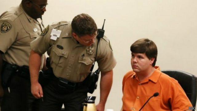 """محاكمة أمريكي بتهمة قتل ابنه """"بتركه في سيارة مغلقة"""""""
