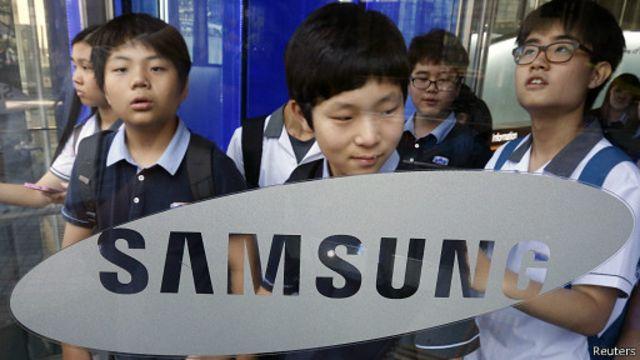 سامسونغ تتوقع انخفاض الأرباح بنسبة 25%