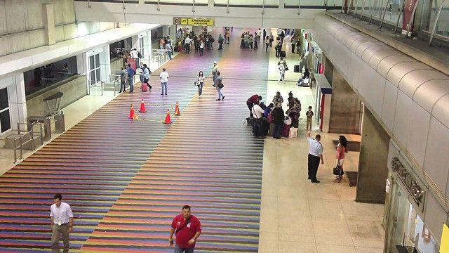 Aeropuerto que sirve a Caracas