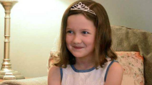 Kızı prenses olsun diye 'krallığını' ilan etti