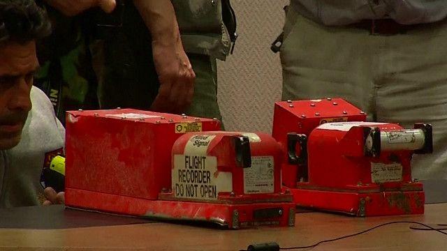 Entrega de las cajas negras del vuelo MH17 de Malaysia Airlines