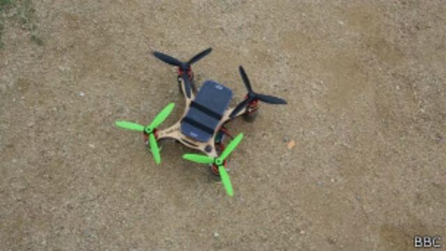 Inventores fazem celular voar e virar drone