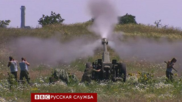 Украинская артиллерия обстреливает Дебальцево