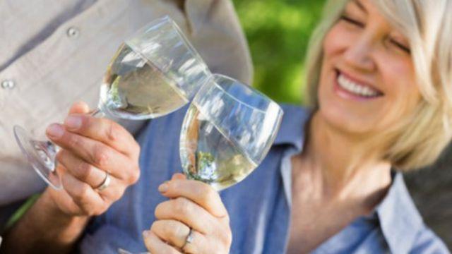 """الإفراط في الكحوليات في منتصف العمر """"يضعف الذاكرة"""""""