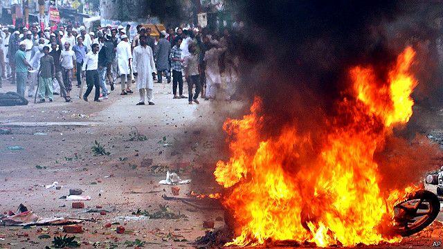 सहारनपुर में भड़की हिंसा.