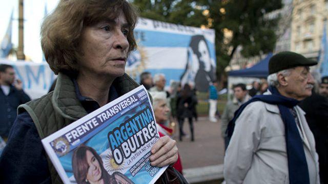 Arjantin iflas etti, ABD'yi suçladı