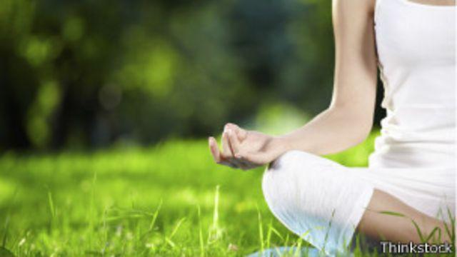 Cómo y por qué puede ser bueno meditar