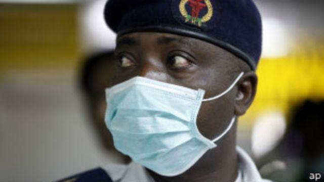 Cómo evitar que el ébola se propague