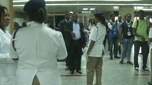 الامن في احدى مطارات نيجيريا