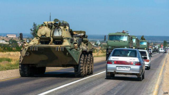 Граница России с Украиной: беженцы и военные машины