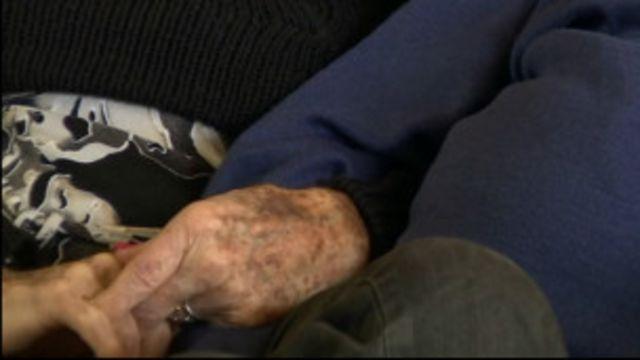 'Pensei que não duraria uma semana', diz britânico após 80 anos de casamento
