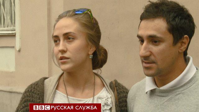 Прохожие на улицах Москвы