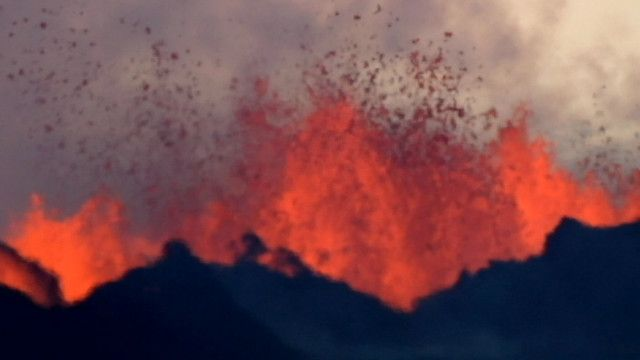 Erupção de vulcão na Islândia (BBC)