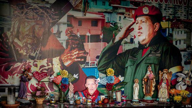 Venezuela: el padre nuestro para rezarle al Líder Supremo Hugo Chávez