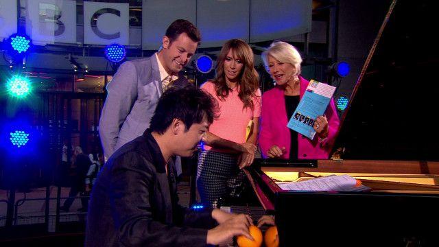 Nghệ sĩ Lang Lang biểu diễn cho chương trình The One Show của BBC