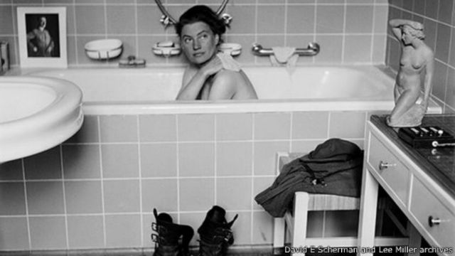 الصحفية لي ميلر: لقطة في حوض استحمام هتلر