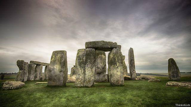Las sorpresas subterráneas que descubrieron en Stonehenge