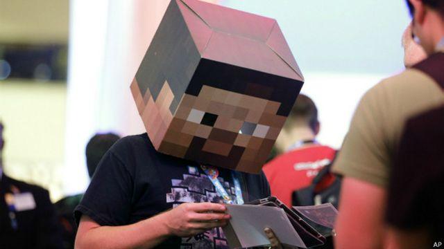 Por que tantas crianças passam horas na internet vendo outras pessoas jogando Minecraft?