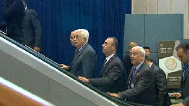محمود عباس برفقة الوفد الفلسطيني في الجمعية العامة