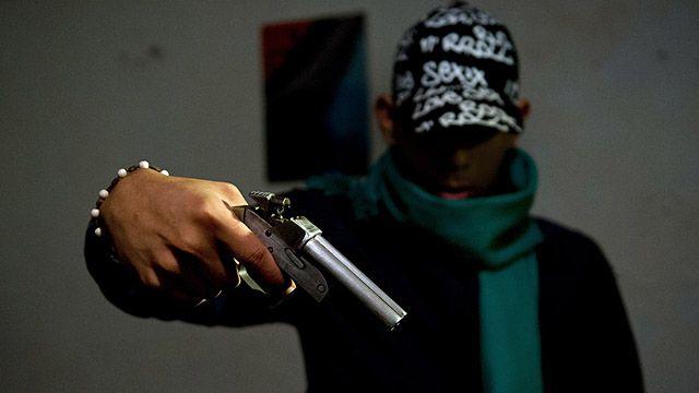 Cidade na Colômbia combate violência atacando 'epidemia' de crimes