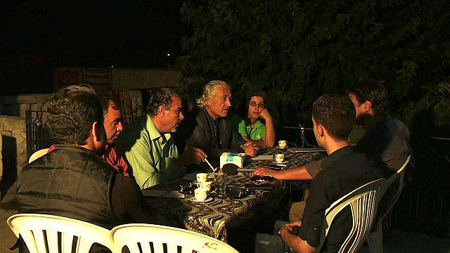 سوريون عرب وكرد