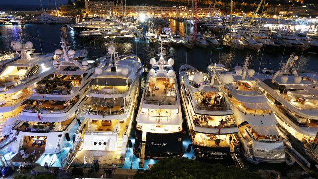 Яхти для багатіїв