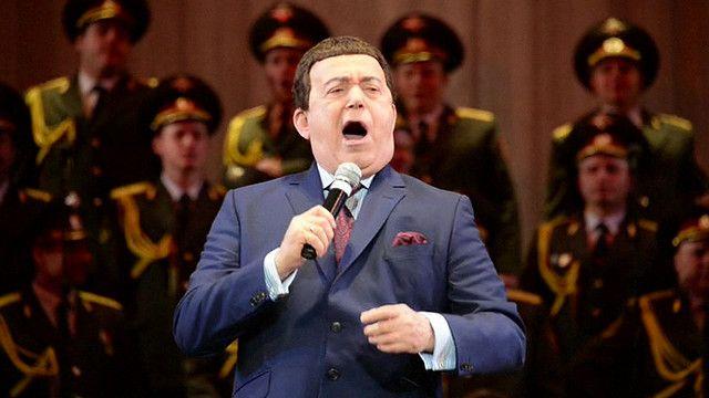 Иосиф Кобзон на концерте в Донецке