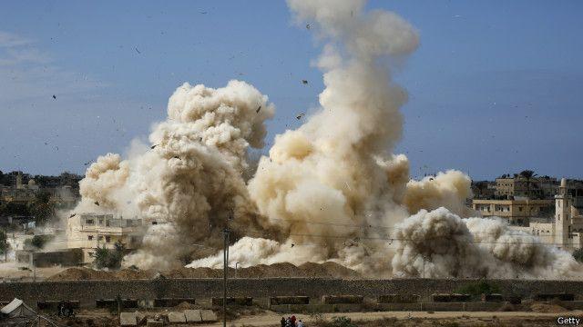 المنطقة العازلة في سيناء: ضرورة أمنية أم اخلاء قسري؟