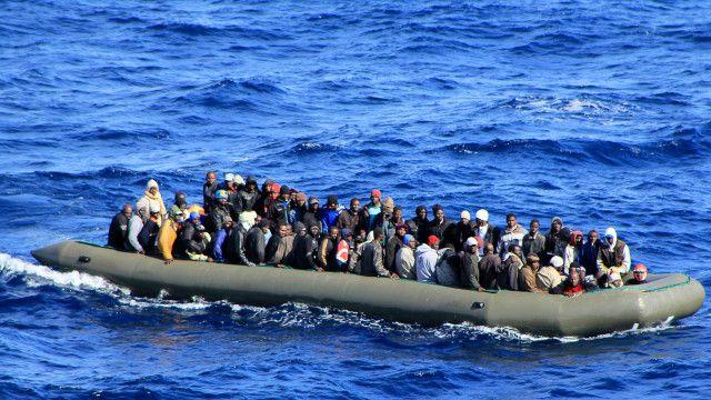 Athari za wahamiaji wanaoingia katika kisiwa cha Lampedusa Italy