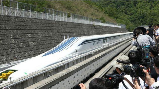 El nuevo tren japonés que viaja a 500km/h