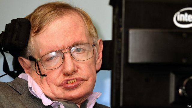 """Stephen Hawking: """"La inteligencia artificial augura el fin de la raza humana"""""""