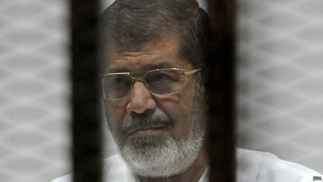 """مصر تحقق في """"التسريب"""" الخاص بمحاكمة مرسي"""