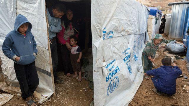 الأمم المتحدة تطالب دول الخليج وامريكا اللاتينية باستقبال 180 الف لاجيء سوري