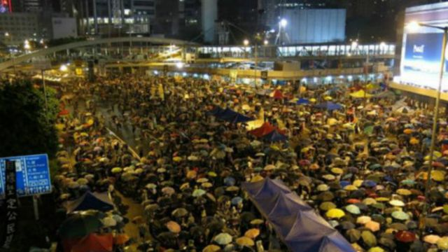 香港觀察:國際化的「棄嬰」