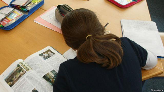 Como deveria ser a lição de casa na era da internet?