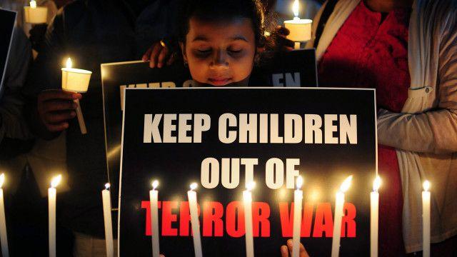 بچوں کو جنگ سے دور رکھیں