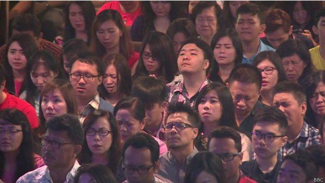 La iglesia que perdió a 41 miembros en el accidente de AirAsia