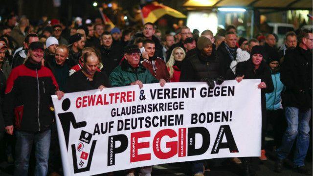 Дрезден_демонстрация_ПЕГИДА
