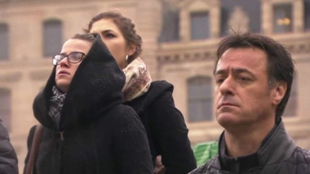 Минута молчания по погибшим журналистам в Париже