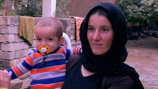 """امرأة ايزيدية محررة من """"الدولة الاسلامية"""""""