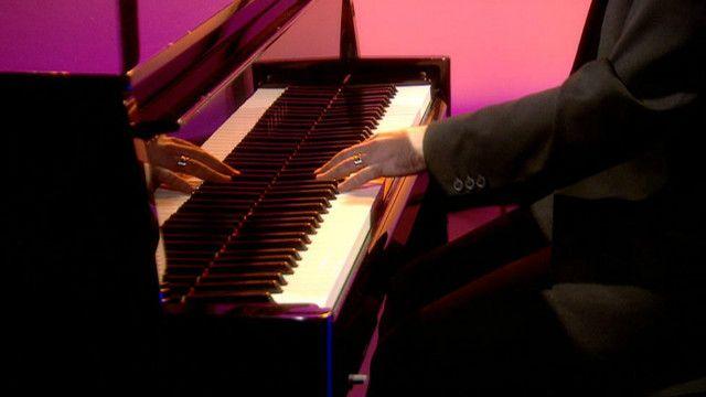 左手鋼琴家尼克•麥卡錫