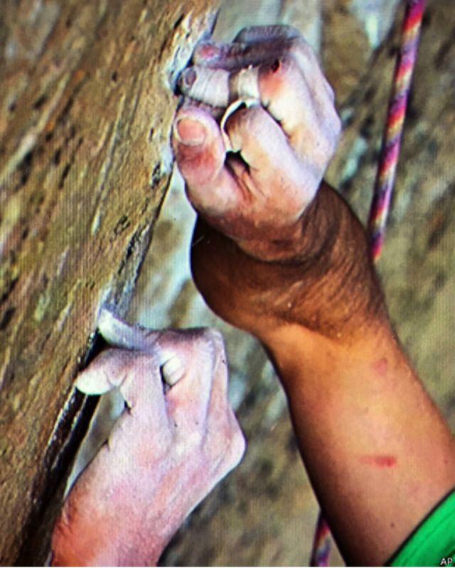 Como escalar uma montanha 'impossível' em 19 dias